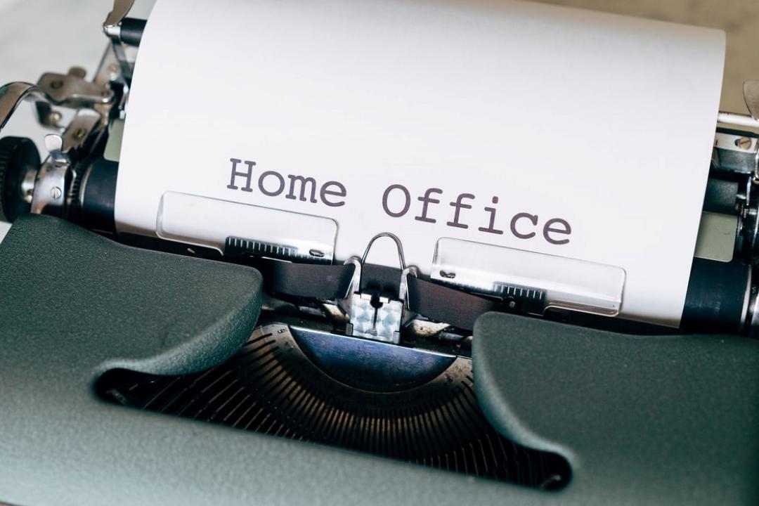 Ideální pracovna pro home office. Jak na to a co nezapomenout?